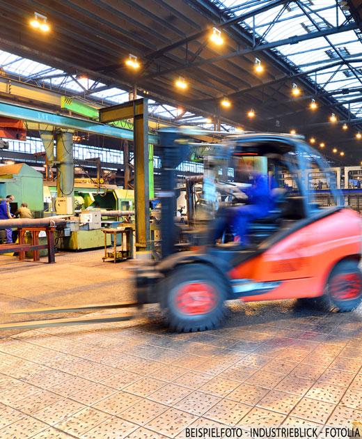 Multifunktionales, nutzbares Gewerbeanwesen mit Bürotrakt in verkehrsgünstiger Lage Nürnberg