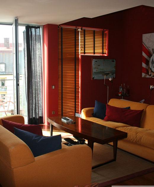 Traumhaft schöne Maisonette - Wohnung mit 2 Balkonen im Herzen von München