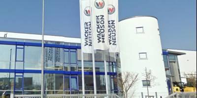 Modernes Betriebsanwesen in Nürnberg-Feucht vermittelt