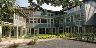 """1.100 qm moderne Büroflächen im ehrwürdigen """"Glockenhof"""" vermietet"""
