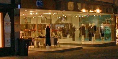 Klassische Einzelhandelsfläche in der Fußgängerzone vermietet