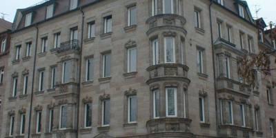 Mächtiges Mehrfamilienhaus aus der Gründerzeit in der Nürnberger Nordstadt verkauft
